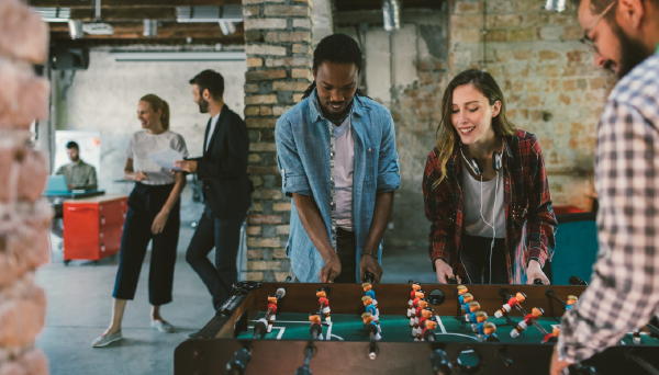 The Ongoing List Of Team Building Games | Deputy®